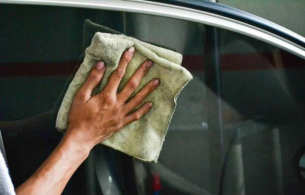 Source: http://www.carmudi.com.ng/journal/how-to-properly-clean-your-car-interior/