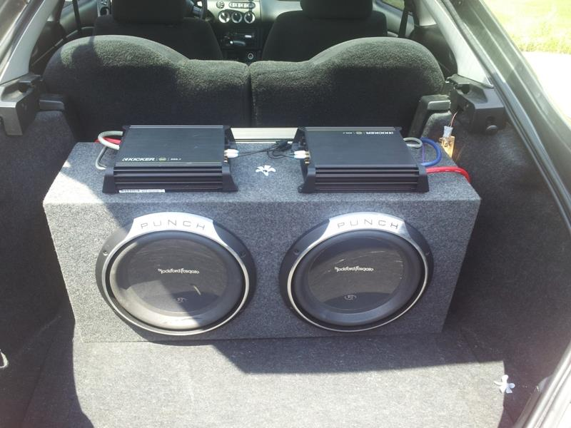 how to install a car subwoofer and amp in 11 easy to follow steps mr vehicle. Black Bedroom Furniture Sets. Home Design Ideas
